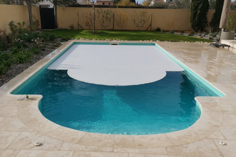 automatisation-rideau-piscine