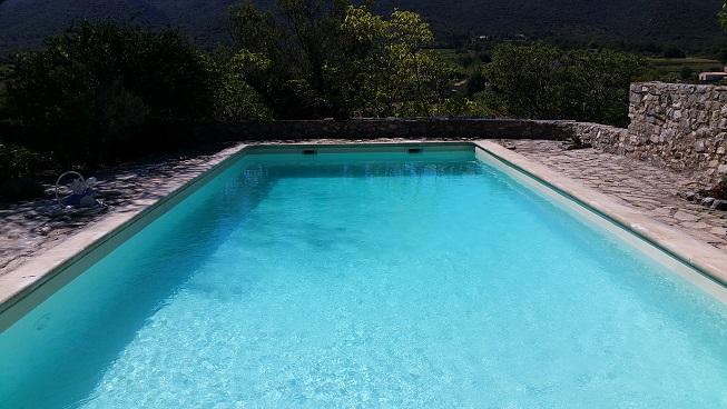entretien-traitement-piscine